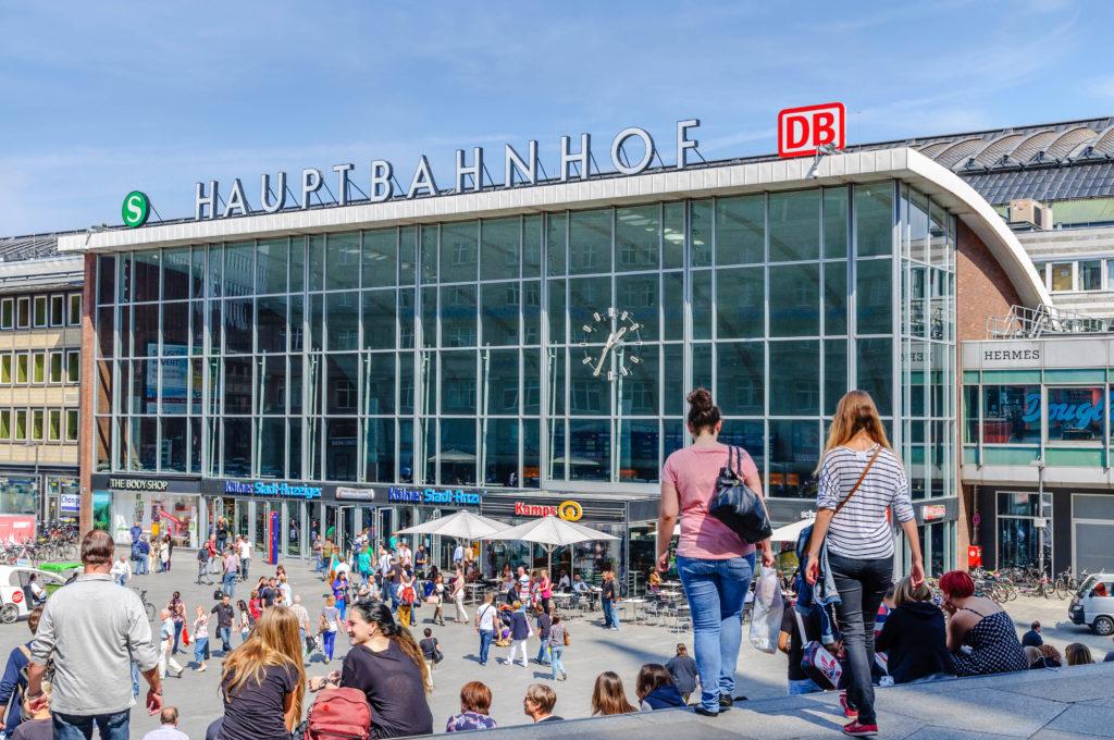 BWS Germanlingua Köln ケルン中央駅