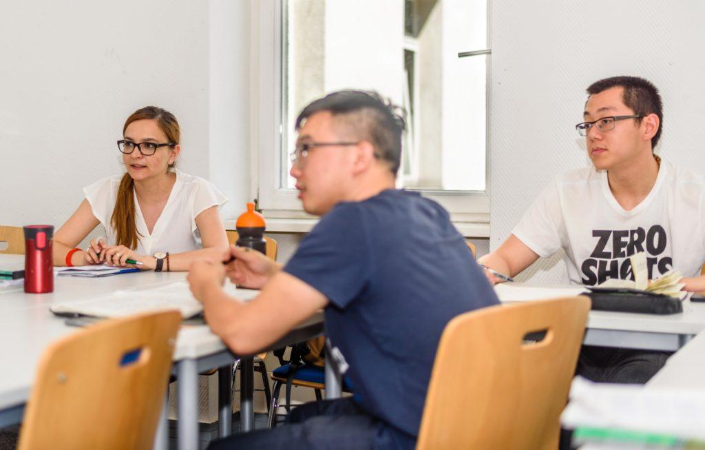 F+U Academy of Languages Berlin レッスン中の生徒