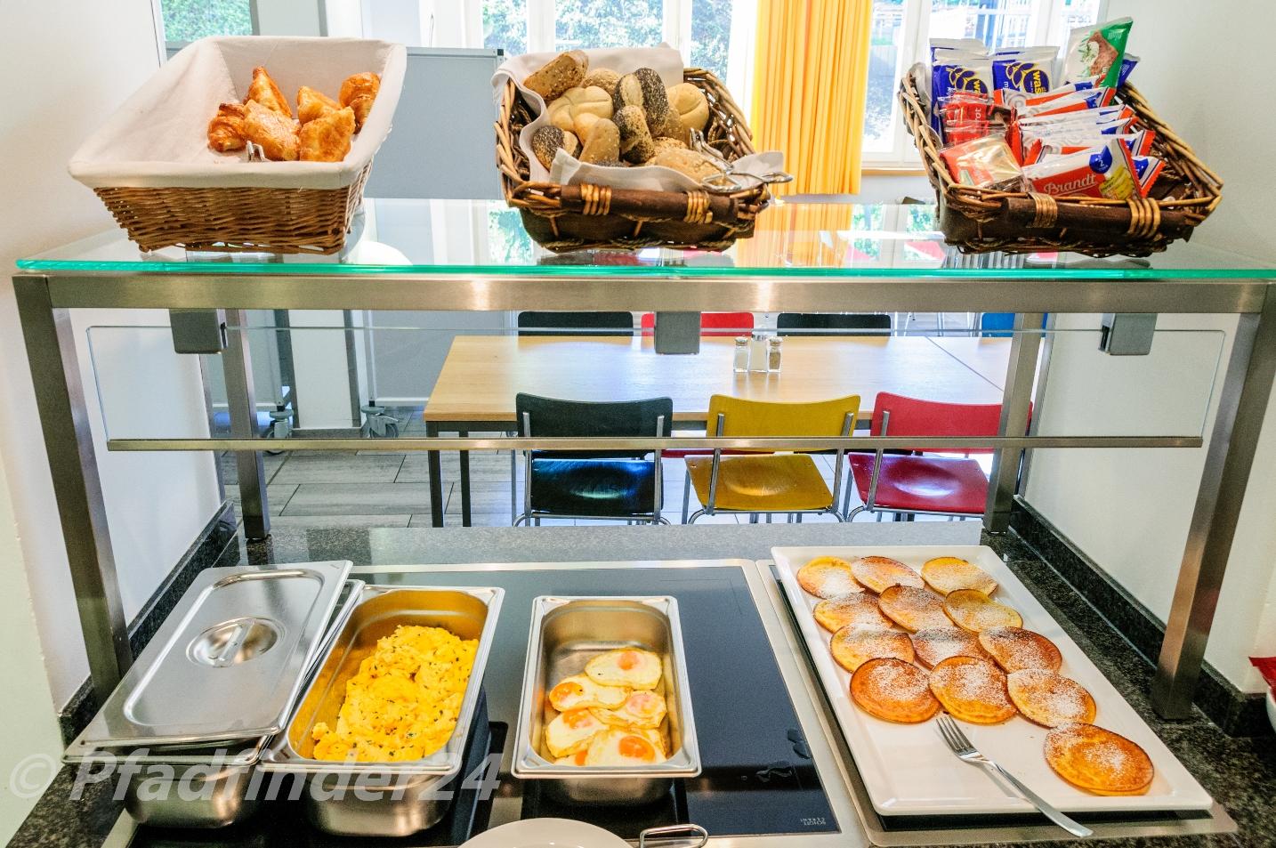 朝食のビュッフェで提供される食事