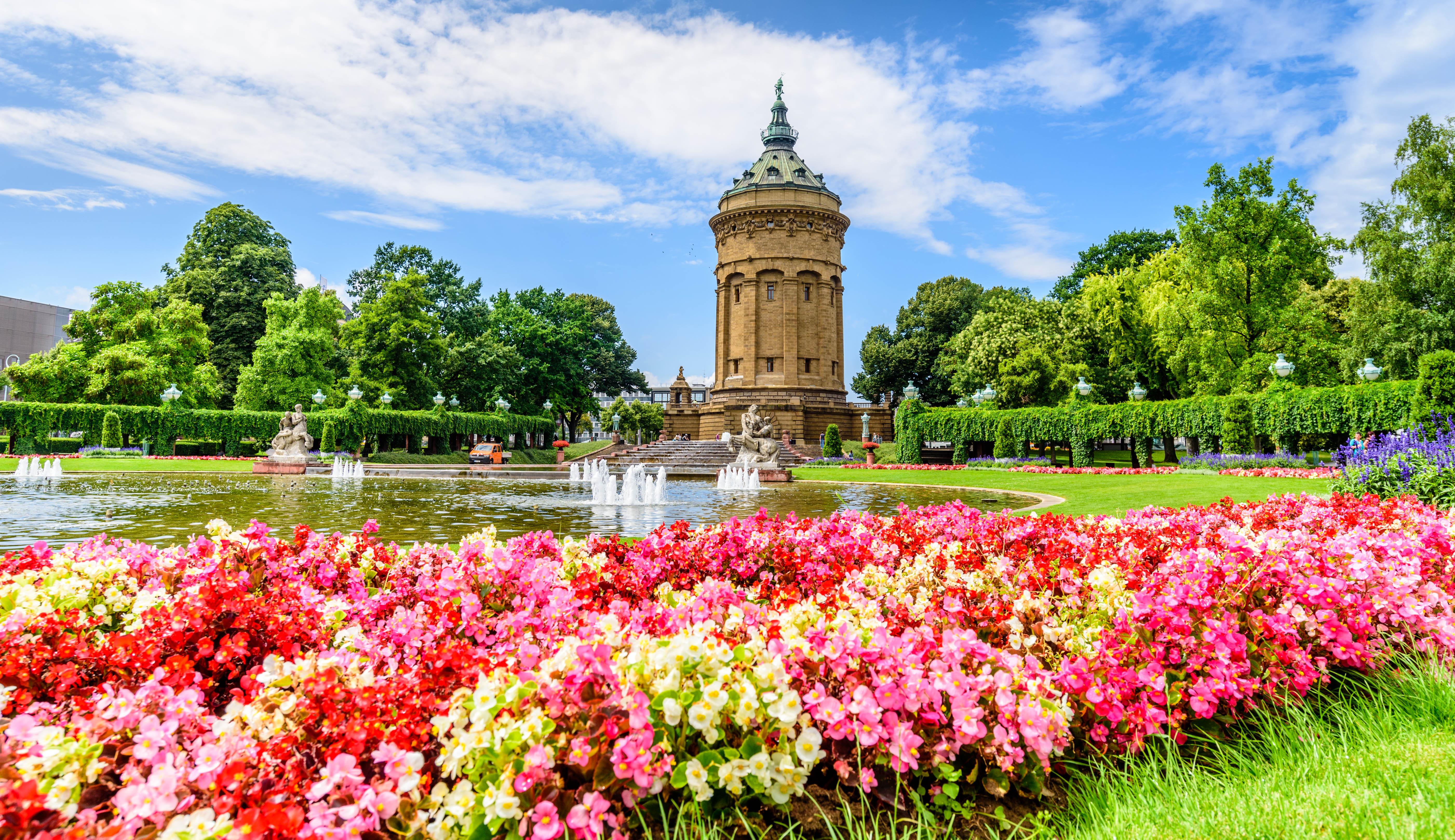 公園の給水塔