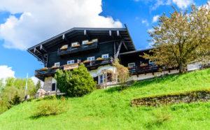 ベルヒテスガーデン ドイツアルプスの山荘