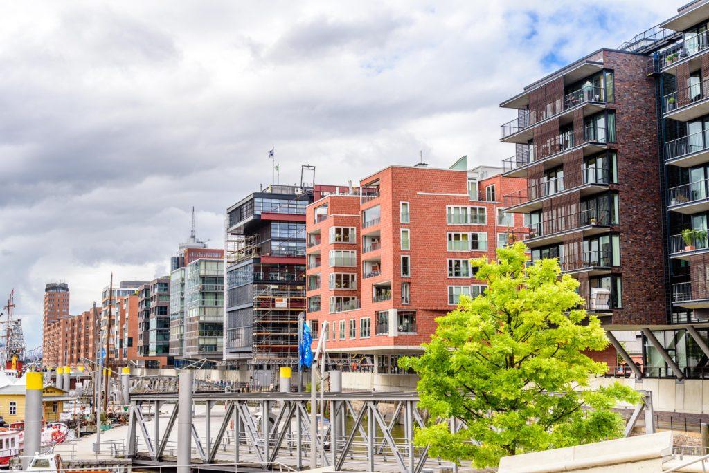 港 の高級アパート
