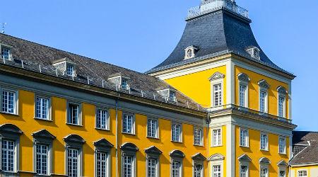 ドイツの大学に正規留学 ボン大学外観