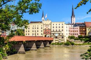 ヴァッサーブルク 観光 - イン河に守られた水の要塞