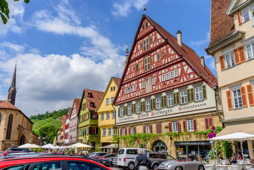 ドイツの観光名所 木枠で組まれた骸骨屋敷