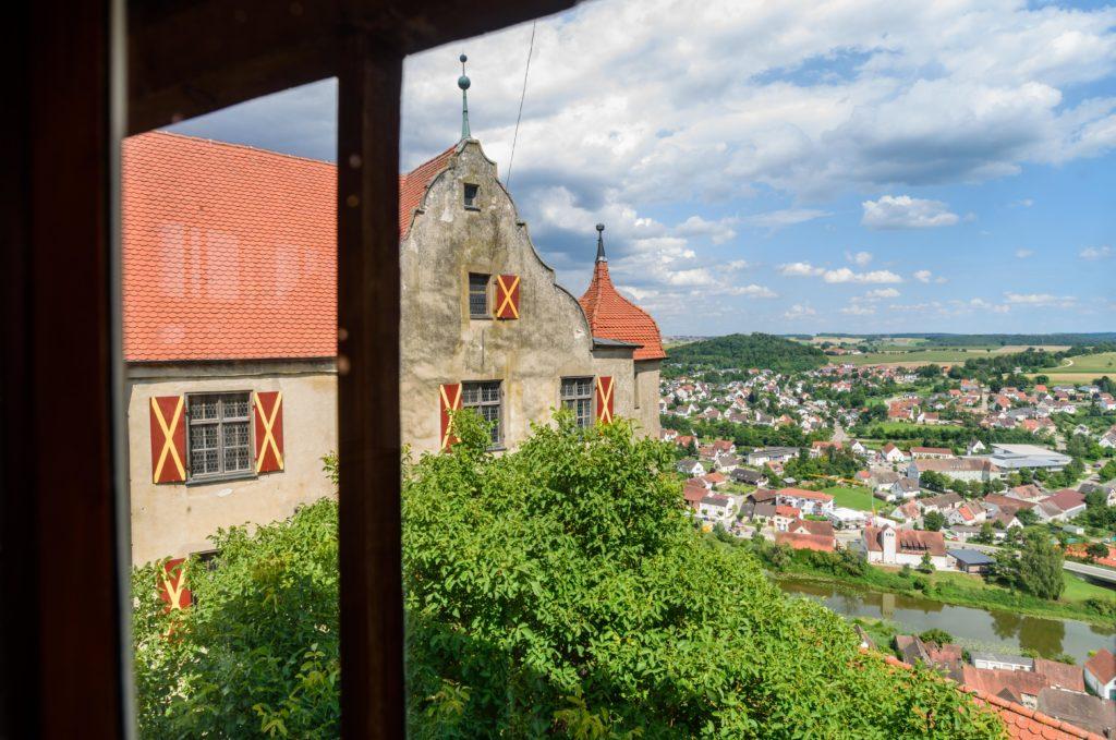 ハーブルク の城内部から見る下界