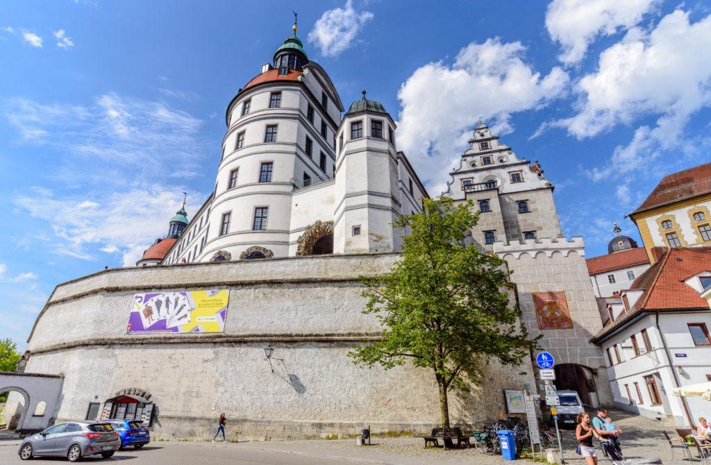 ノイブルク の城