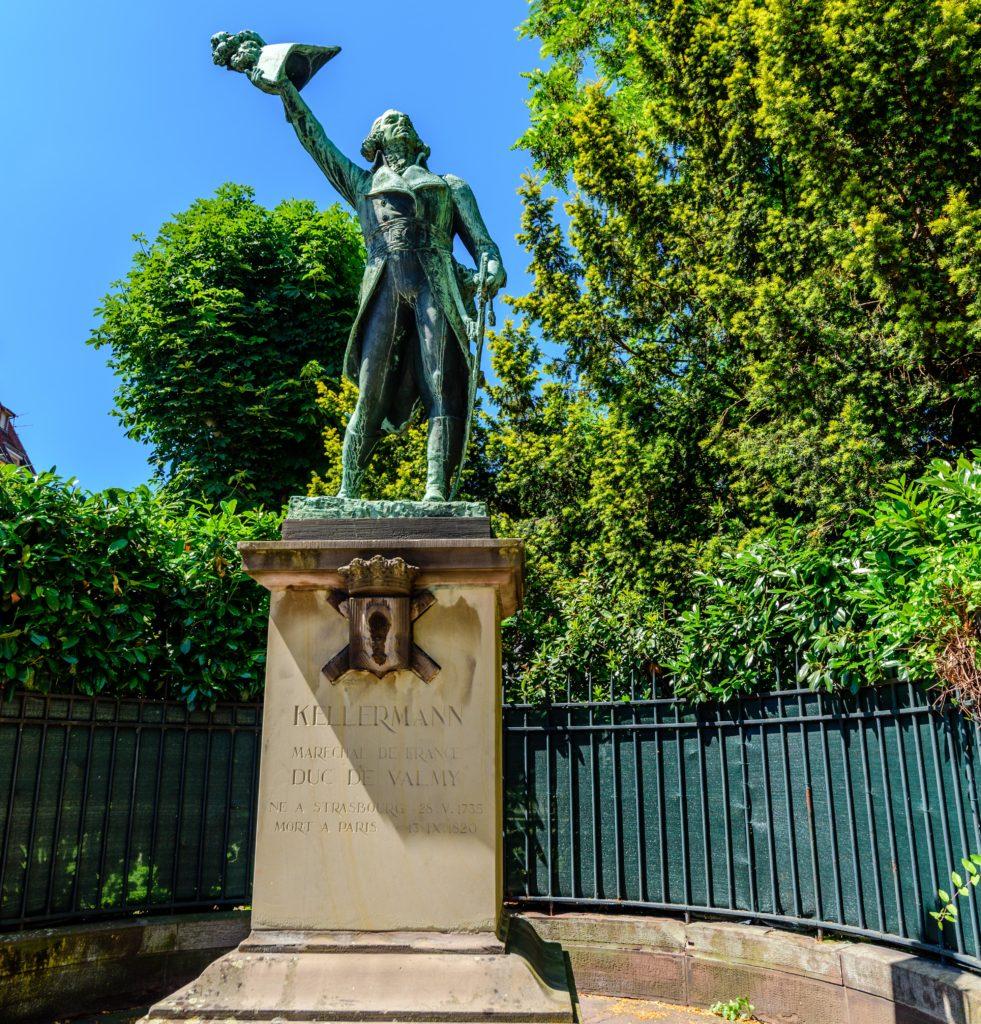 シュトラースブルク 将軍の銅像