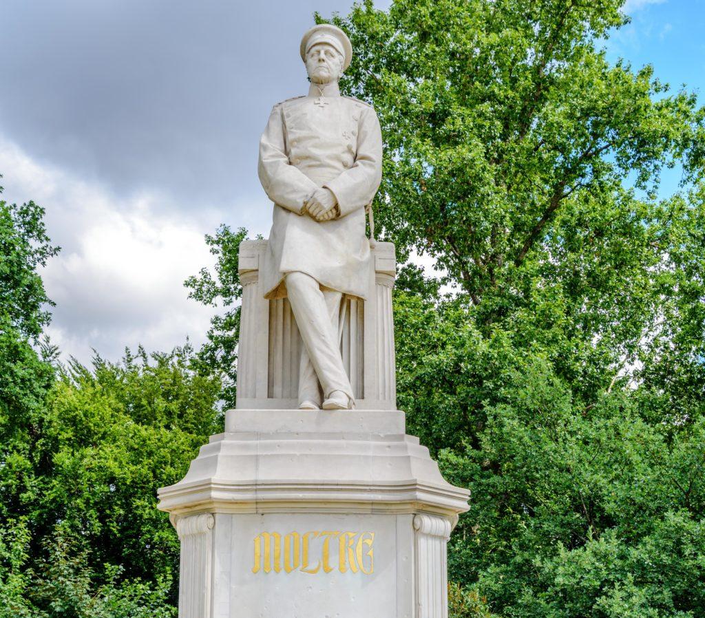 ヘルムートモルトケ公爵記念碑 / Helmuth-Graf-von-Moltke-Denkmal