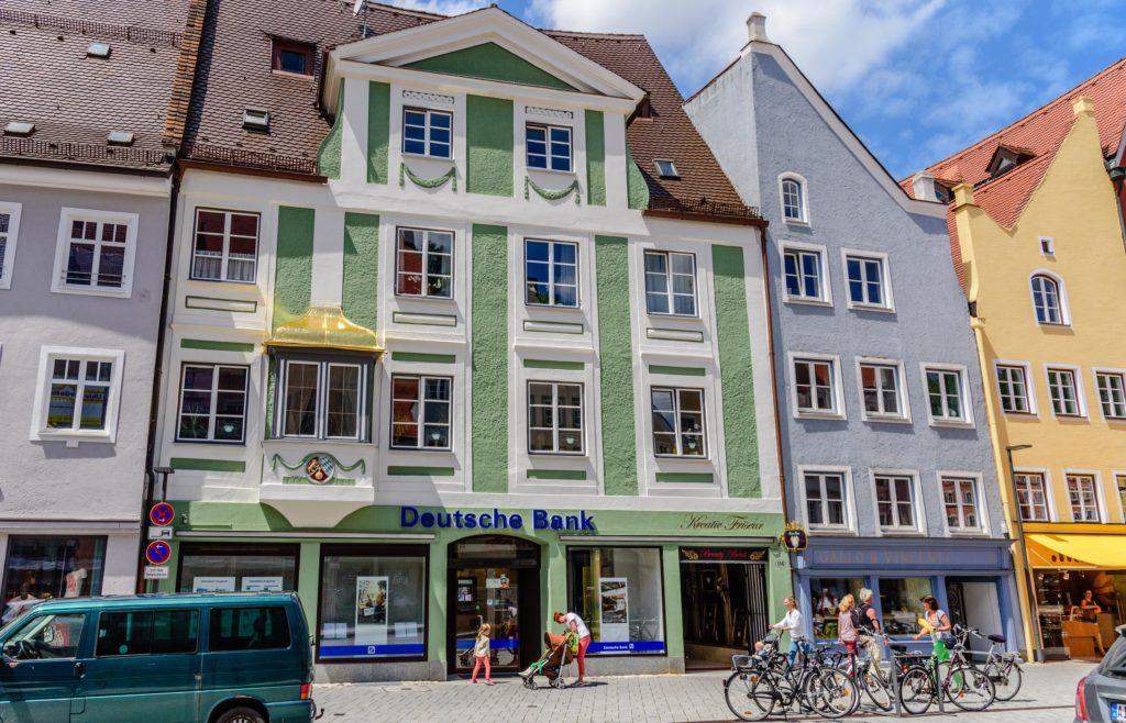 ドイツにお金をもっていく ドイツ銀行支店