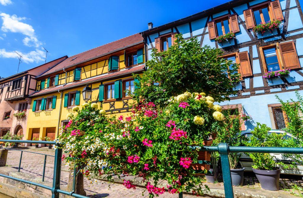 リボヴィレ 観光 - 中世の姿で保存された美しい家屋が並ぶワイン村