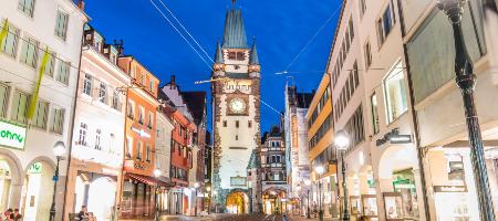 フライブルク旧市街の夜景