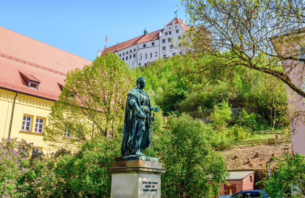 ルートビヒ9世像