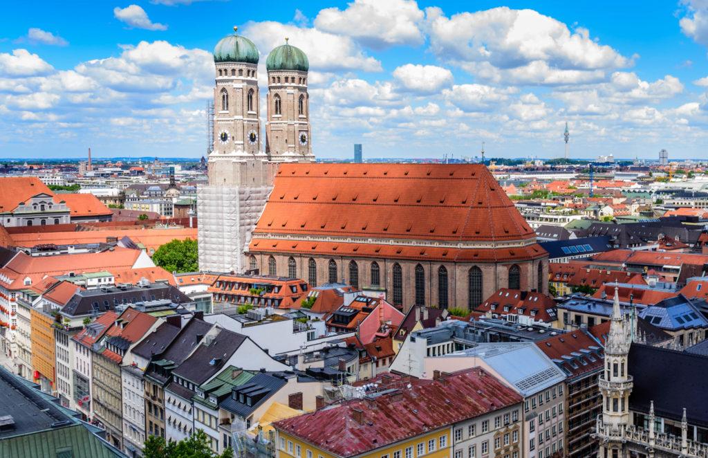 ミュンヘン 巨大な聖母教会