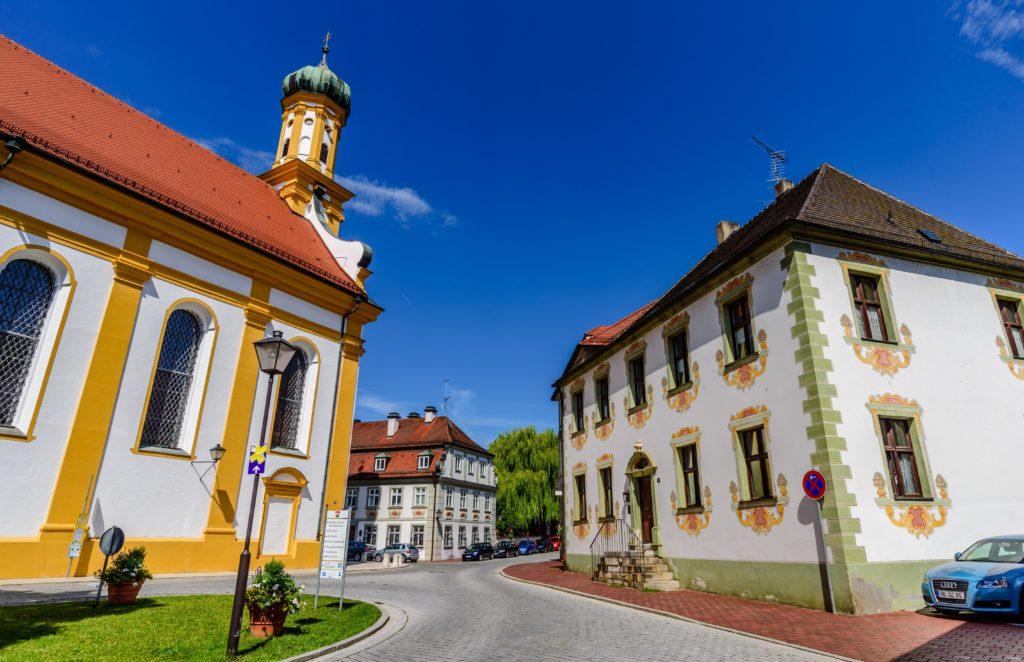 ノイブルク 観光 - 誰も知らないドナウ河畔の古都