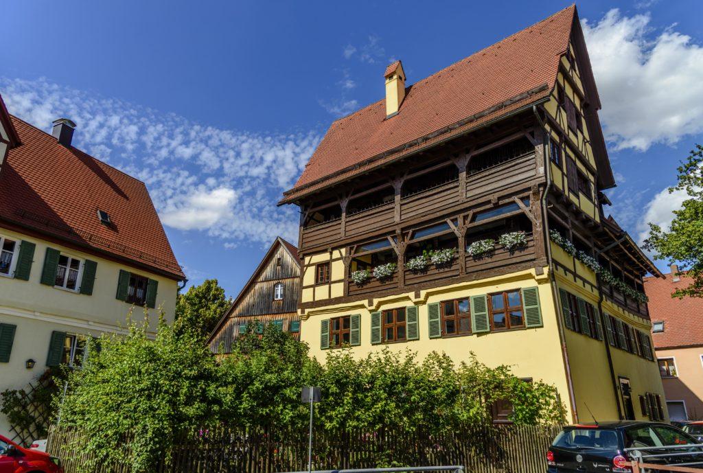 ネルトリンゲン 皮なめし商の大きな家