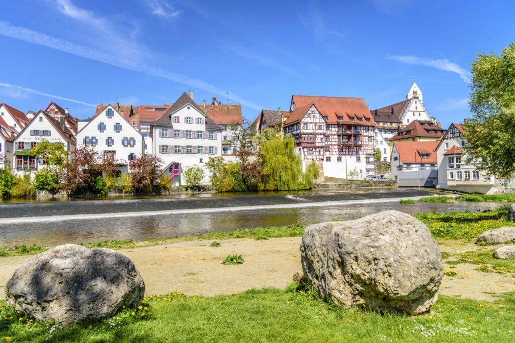 リートリンゲン - ドナウ河畔の眺めはまるで絵葉書!