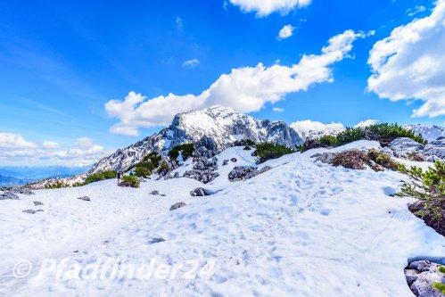 ベルヒテスガーデン 山頂の雪景色