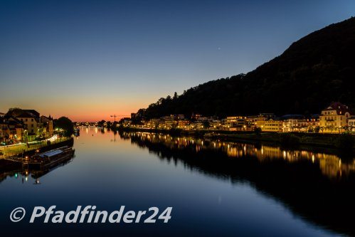 夕方のネッカー河